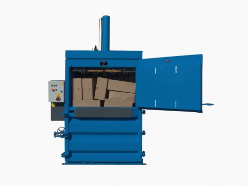 QCR V50 baler for cardboard and plastic