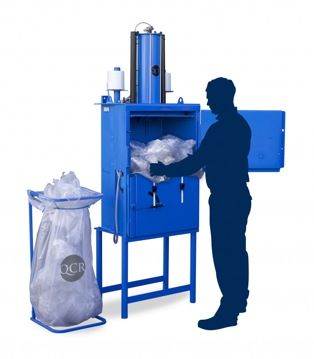 small baler for recycling plastics